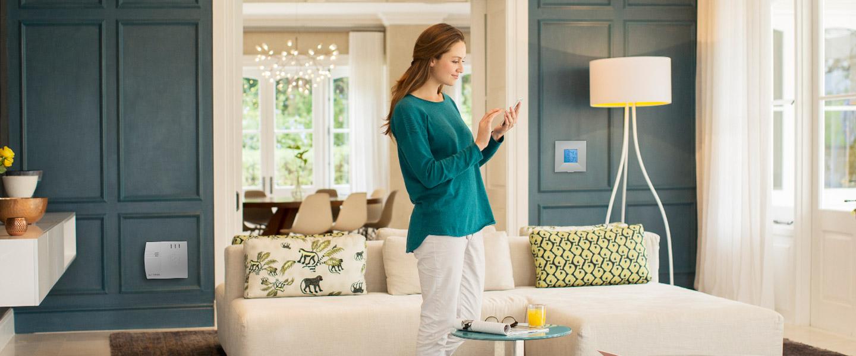 die smarthome alarmanlage von lupus. Black Bedroom Furniture Sets. Home Design Ideas